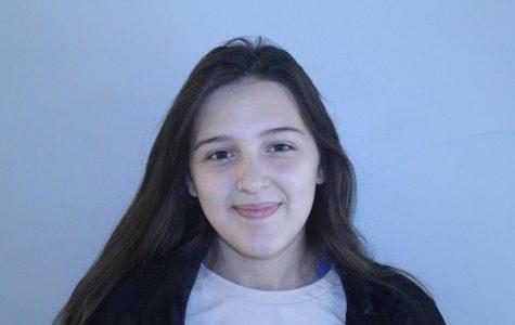 Rachel Leone, junior
