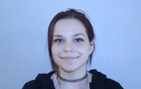 Elizabeth Snitzer, sophomore