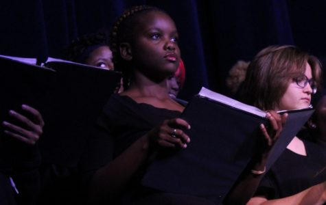 Choir students perform in first choir concert of the year