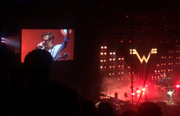 Weezer preforming a cover of 'Africa' by Toto